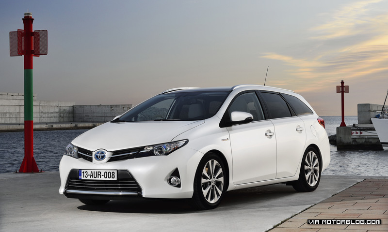 Toyota Auris Touring Sports feiert Weltpremiere in Genf