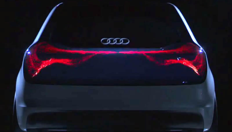 Audi lsst es flieen statt blinken (Video)