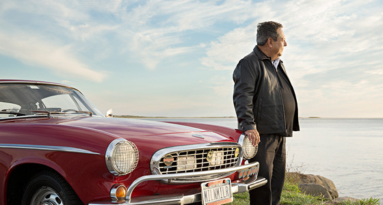 Vintage Volvo P1800S about to hit 3 million miles #Video