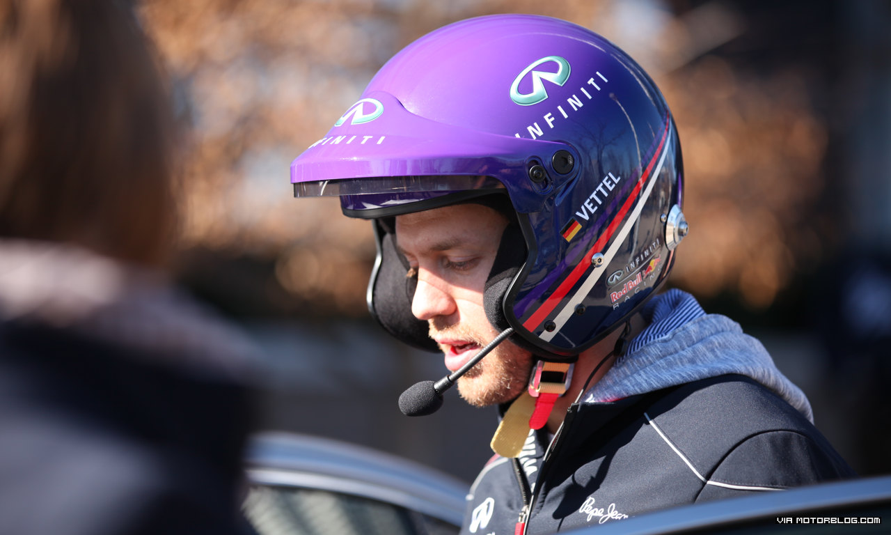 F1 Champ Sebastian Vettel Takes Hot Laps at Infiniti HQ 15-mph Oval #Video